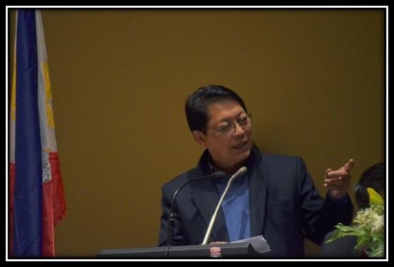 CPM_GRP PANEL CHAIR AND LABOR SECRETARY BELLO SEEKS SUPPORT FOR PEACE TALK FROM THE FILIPINO COMMUNITY IN MILAN C